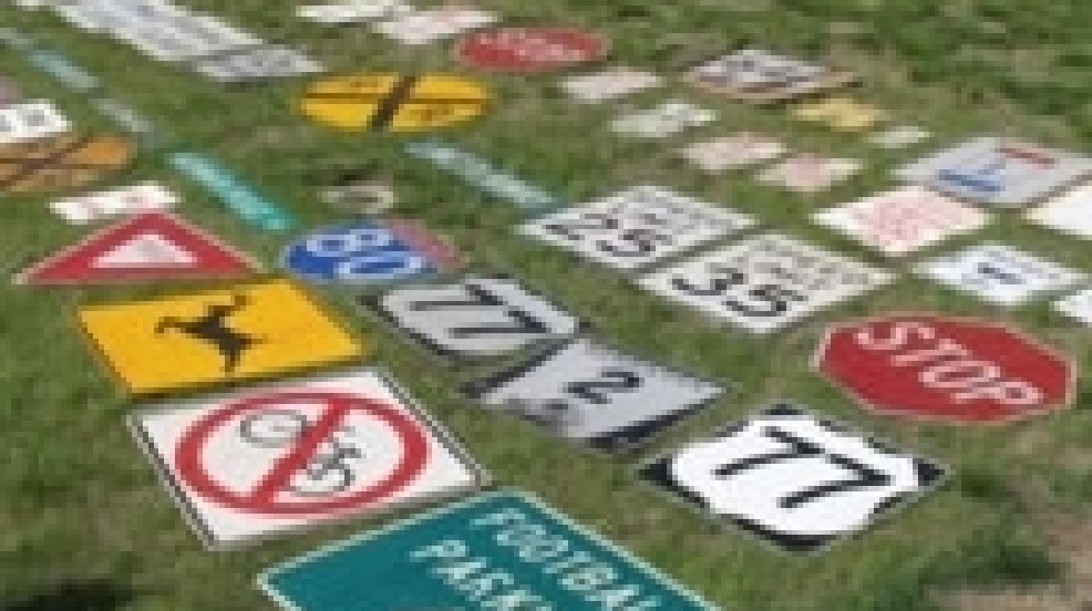 Lincoln Man Arrested For Trying To Sell Road Signs Kptm